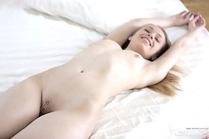 Teen Sleeping Porn Pictures