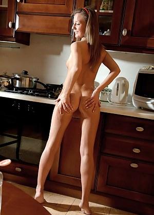 Teen Kitchen Porn Pictures