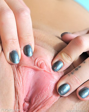 Teen Clit Porn Pictures