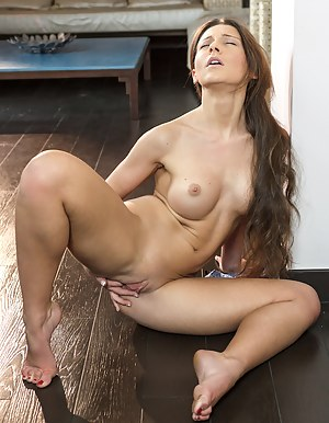 Long Hair Teen Porn Pictures