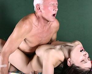 Teen Rough Sex Porn Pictures