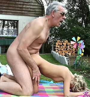 Teen Doggystyle Porn Pictures